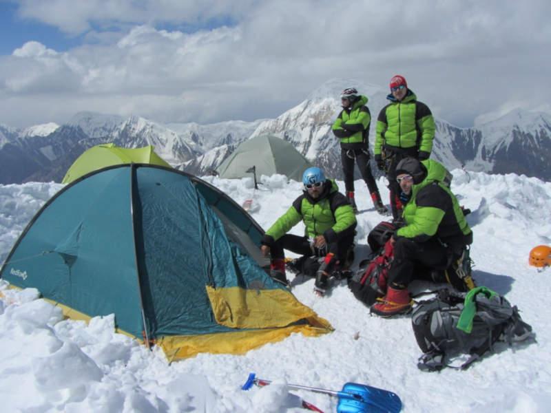 occhiali da outdoor per escursioni in alta montagna