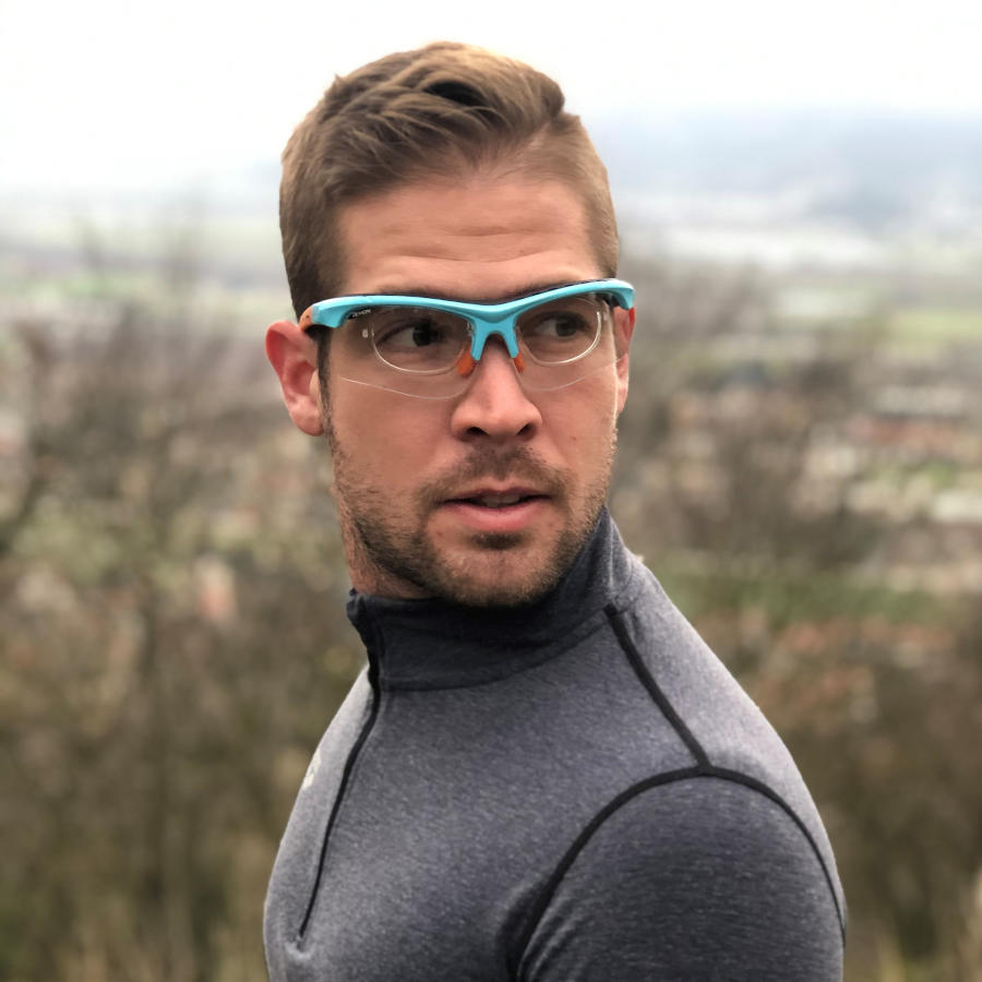 Occhiale sportivo da vista con lenti fotocroamatiche per running e ciclismo