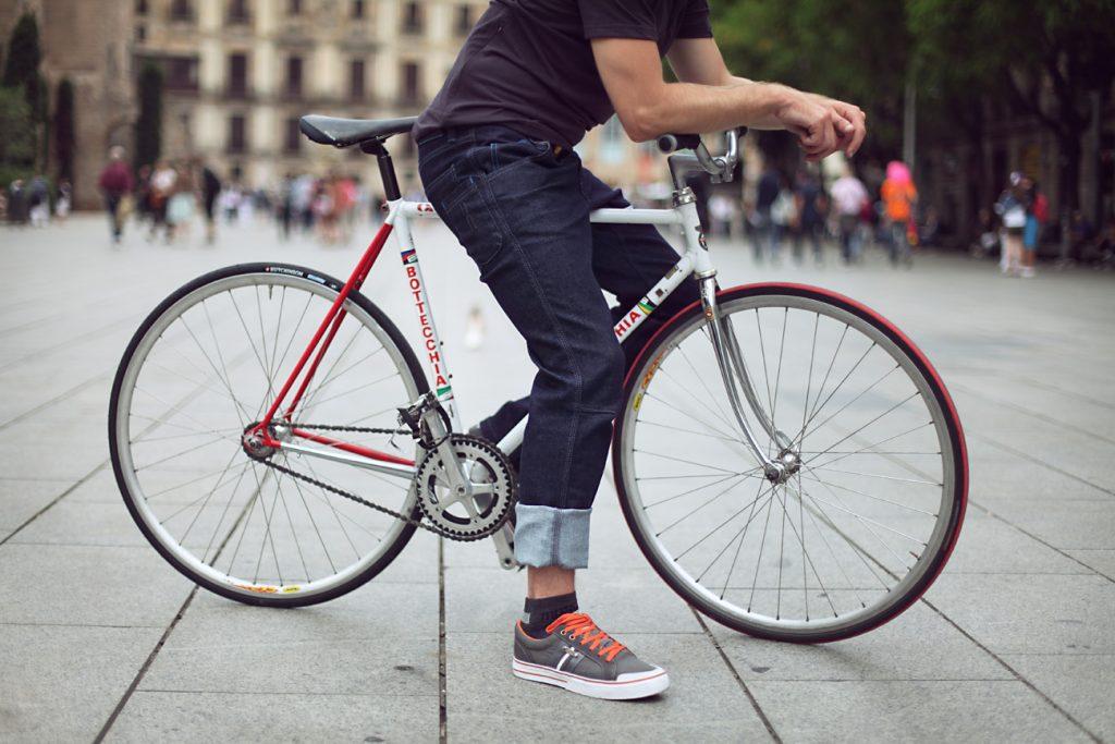 occhiali da sole per ciclisti urbani