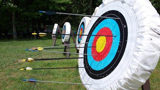 occhiali da vista graduati per la pratica del tiro con l'arco