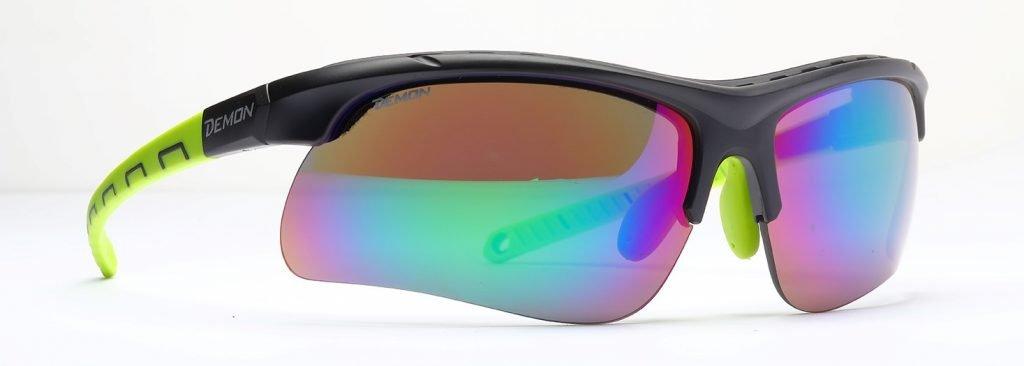 occhiali per kitesurf con lenti specchiate intercambiabili per ogni condizione di luce modello infinite optic